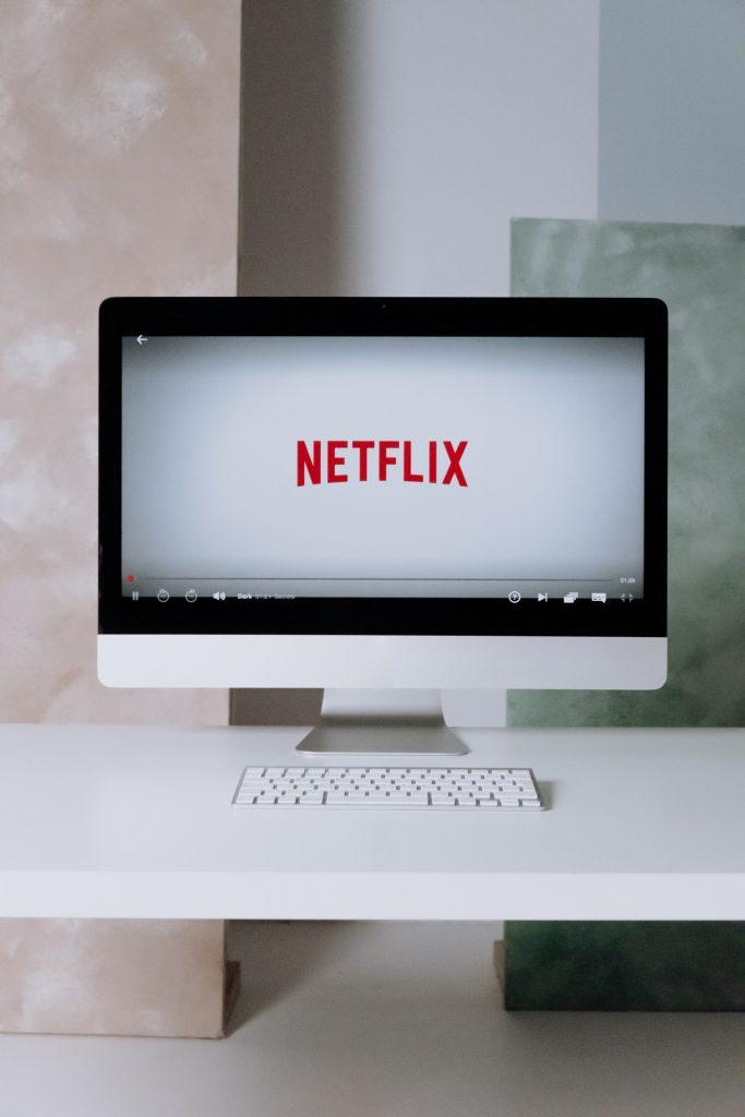 Netflix no monitor